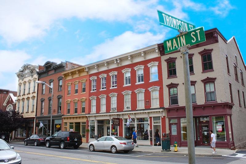 https://cdn2.hubspot.net/hubfs/497826/Main-Street.jpg